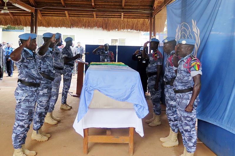 Armée Sénégalaise - Page 7 27367044183_417cb8c893_c