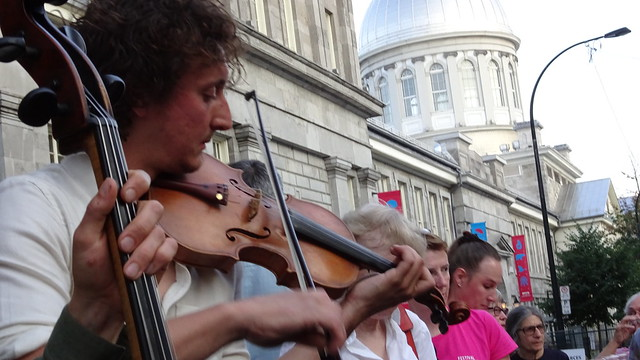 Fiddling in the Street