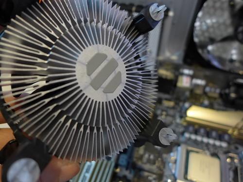 Intel I5 6500 原廠機殼風扇