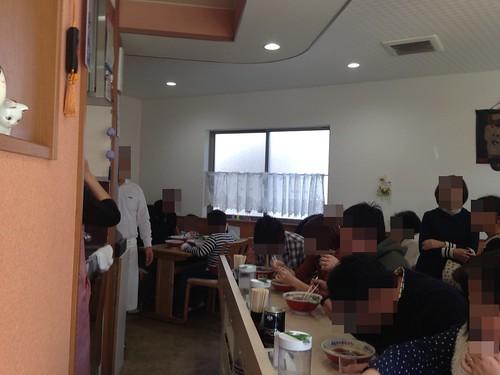 kushiro-ramen-maruhira-inside