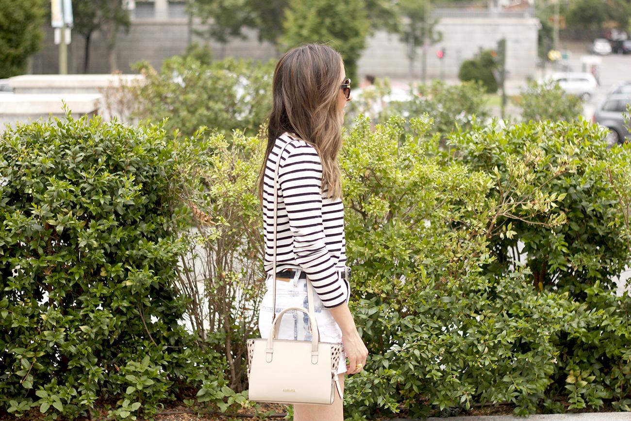 Stripes and denim shorts nude heels acosta bag sunnies belt summer outfit11