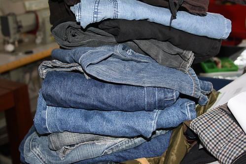 tas van spijkerbroeken