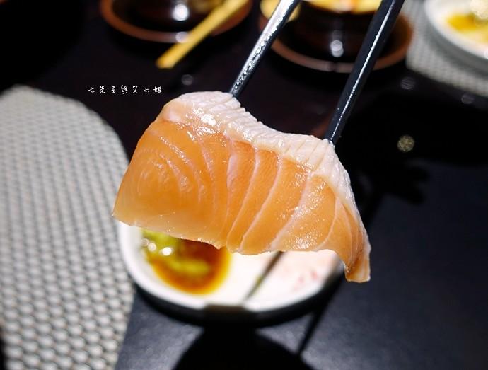 19 鼎膾北海道毛蟹專門店 無敵海景生魚丼2.1 澳洲和牛鍋物買一送一