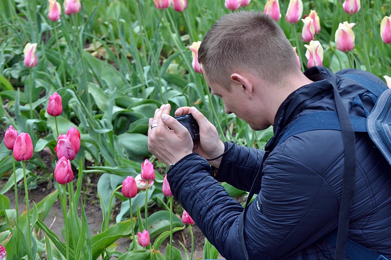 Лица и цветы провинциальной Литвы или как я подсел на тюльпаны в Бурбишкес