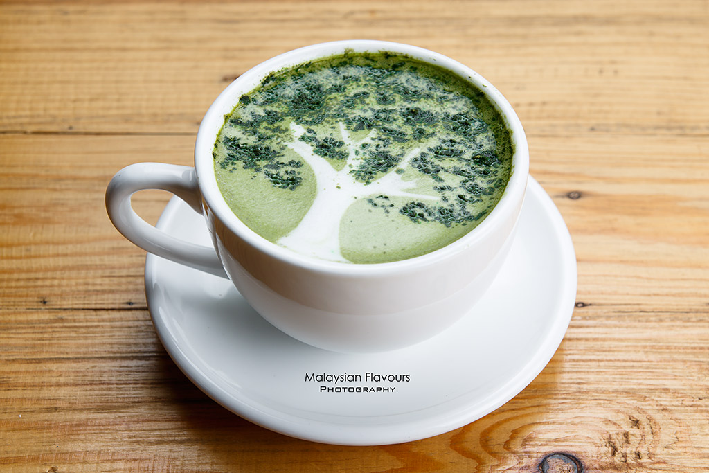 5.1 Cafe Gallery matcha latte