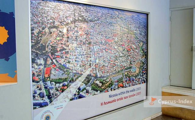 Фотография вида сверху центральной части города Никосия, Смотровая площадка Shacolas Tower, Никосия, Кипр