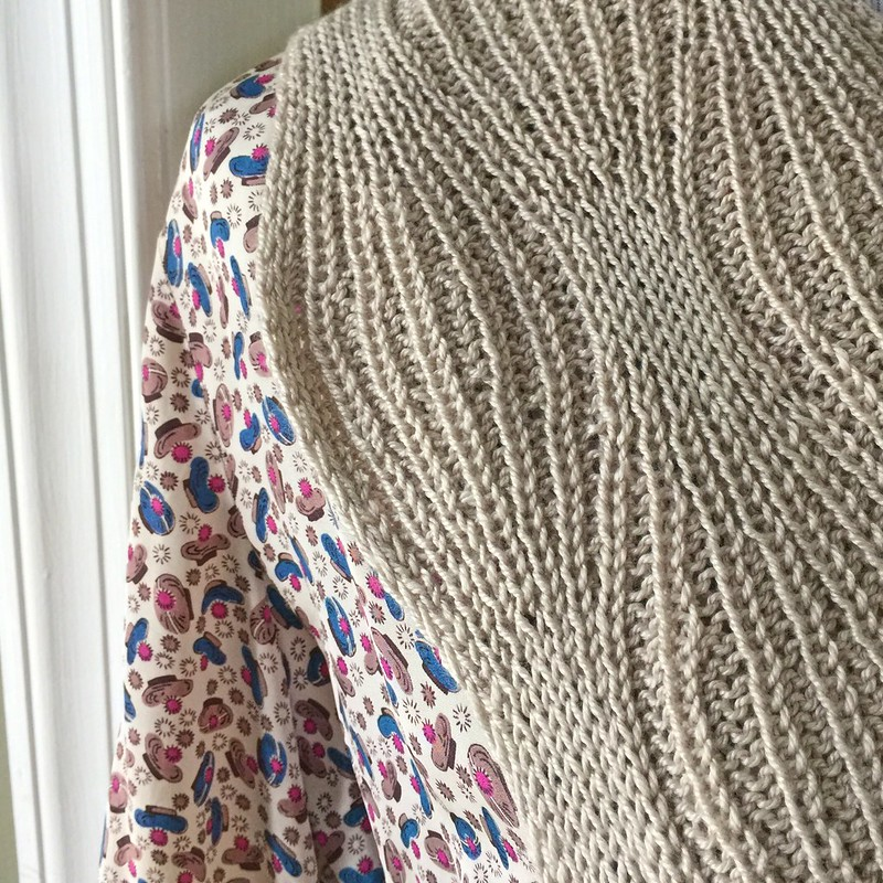 Hourglass Cowl/Scarf