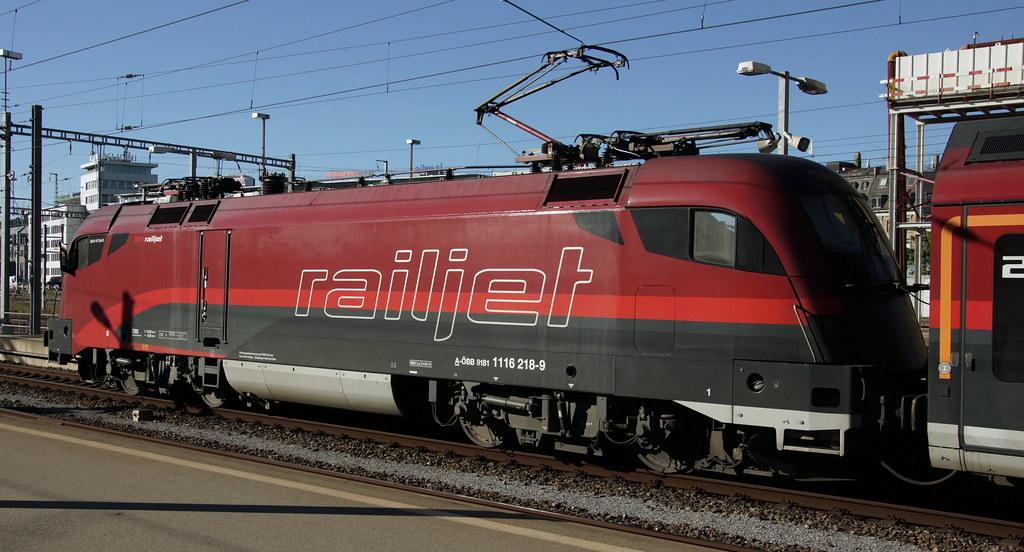 OBB RailJet Siemens Taurus EuroSprinter Loco 1116-218-9