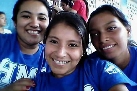 Anita, Jazmina y Mayra