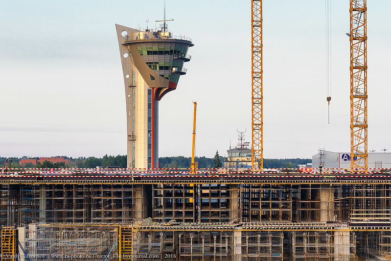 Sheremetyevo control tower and new terminal construction site