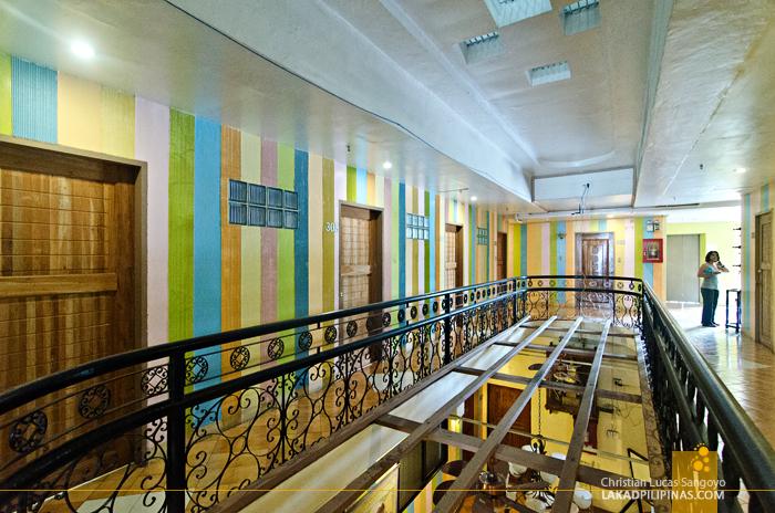 Plaza Maria Luisa Suites Inn Hallway