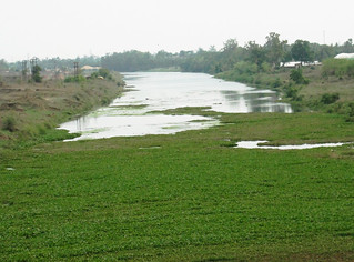Kharun river near Durg-Raipur highway.