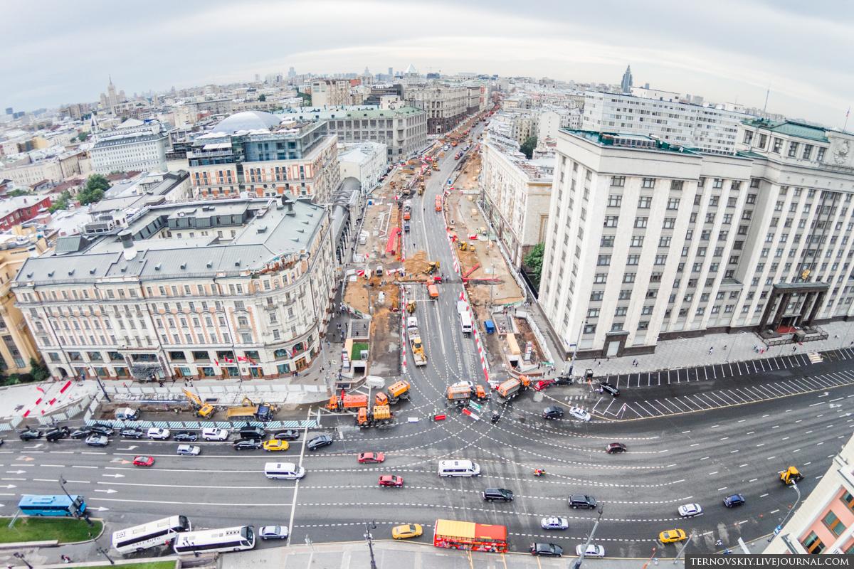 Начало-Тверской-от-улицы-Моховая-и-Кремля-mini