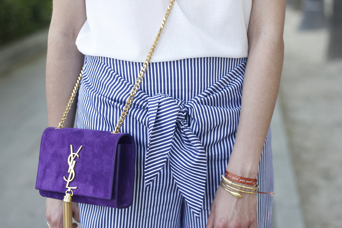 striped pants with bow white shirt carolina herrera sandasl saint laurent bag accessories summer outfit13
