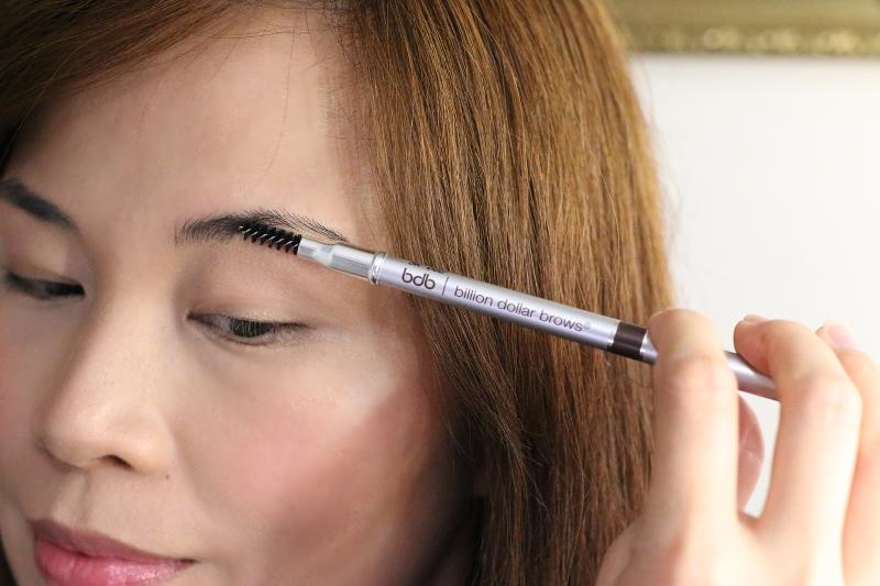 brush-eyebrows-billion-dollar-brows-4