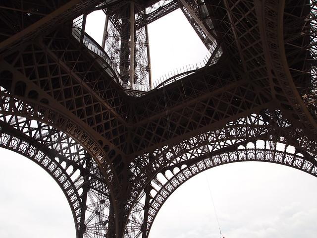 P5271757 エッフェル塔(La tour Eiffel) paris france パリ