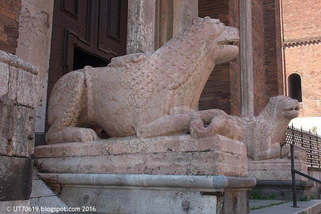 Löwen am Dom