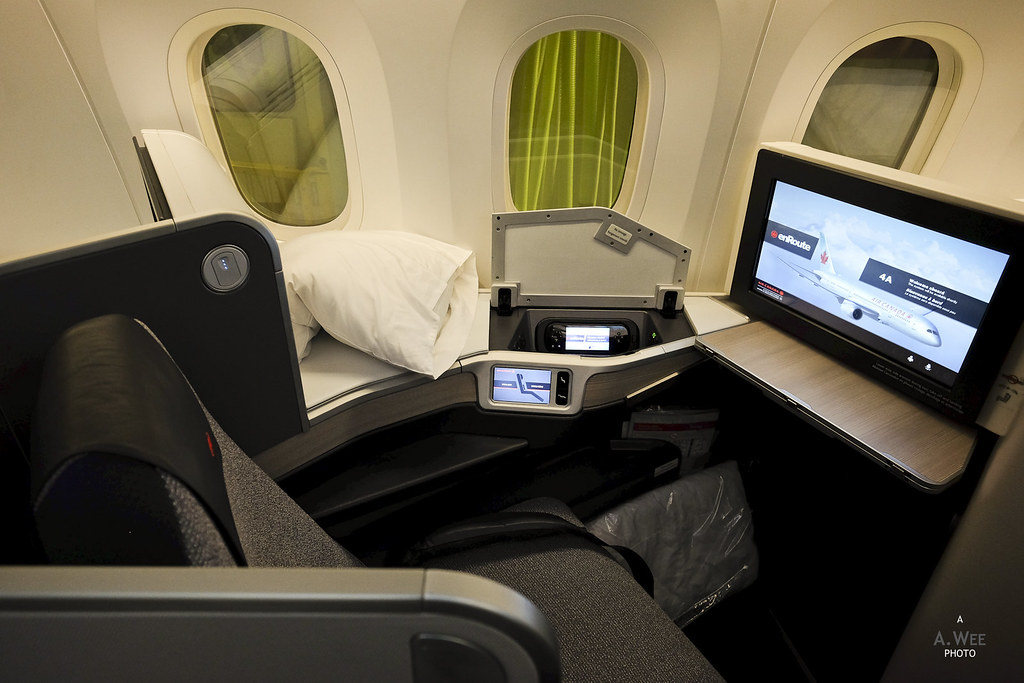 Air Canada 787 Business Class Between Toronto And Vancouver Quirrow