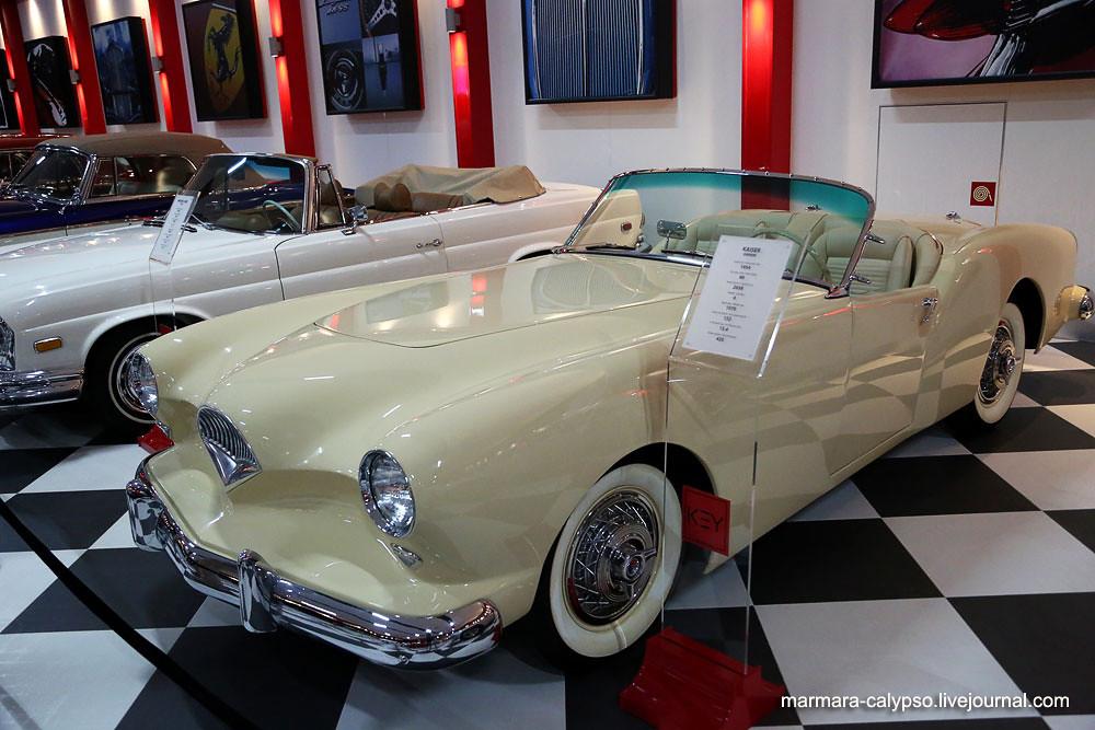 195-Kaiser-Darrin-1954