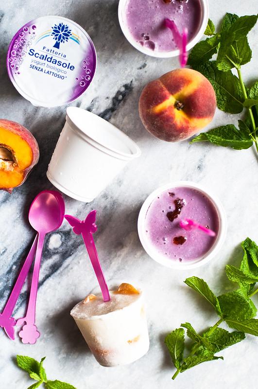 Ghiaccioli di yogurt e frutta fresca