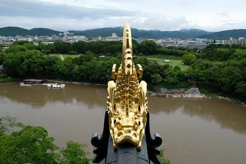 桃太郎に挨拶をして岡山城と後楽園を目指す。