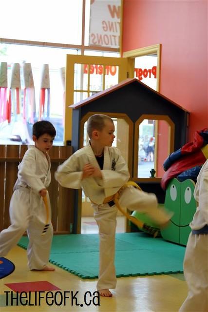 KarateKid_Kick