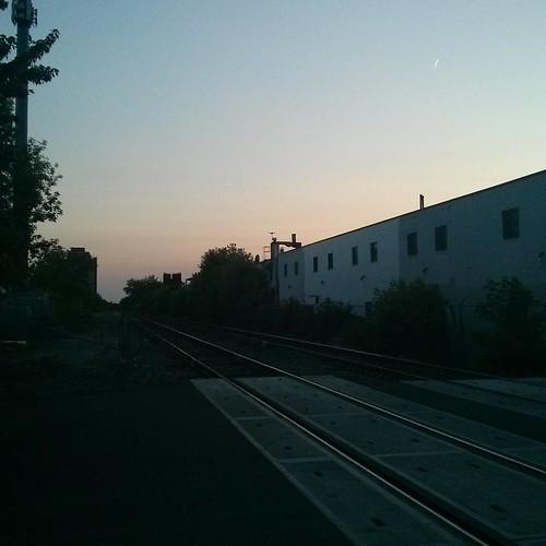 Looking west at pastels, Bartlett and Geary #toronto #rail #pastel #evening #sky #dovercourtvillage #bartlettavenue #gearyavenuetoronto