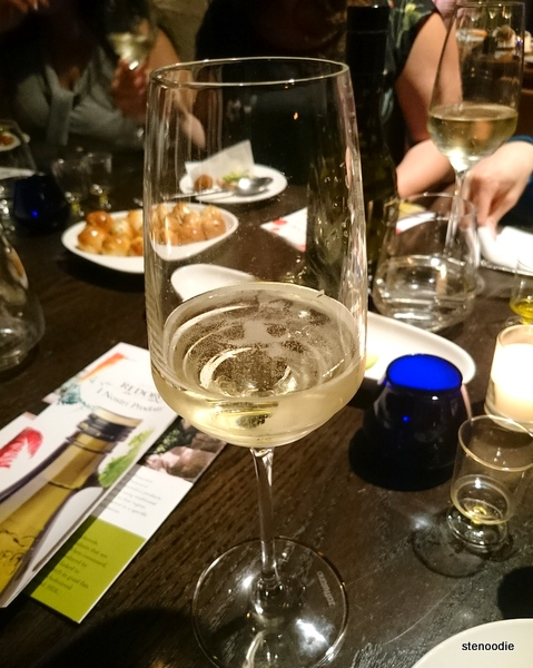 Prosecco-in-glass
