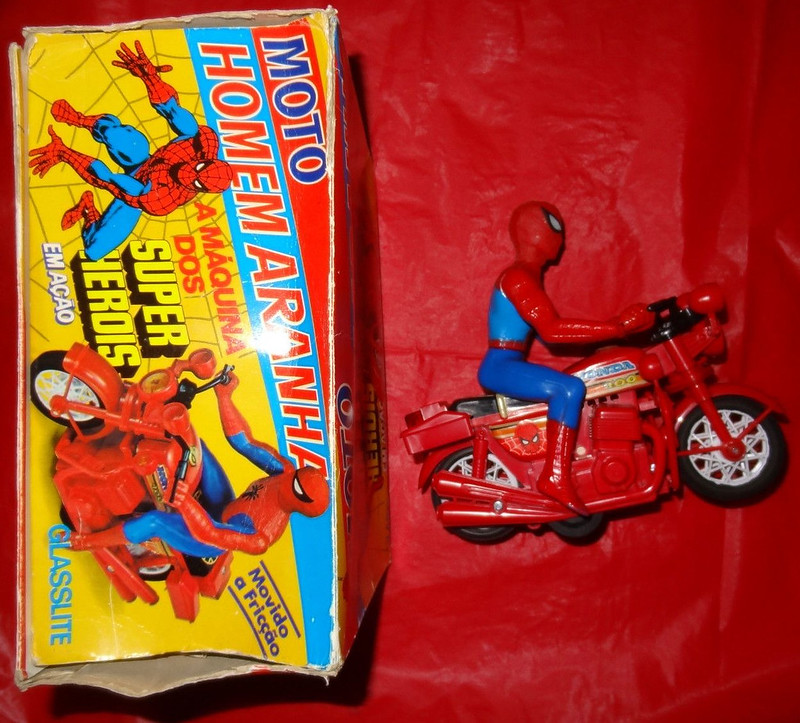 spidey_cycleforeign2
