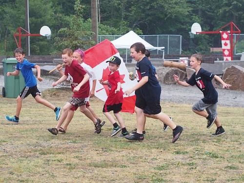 running boys
