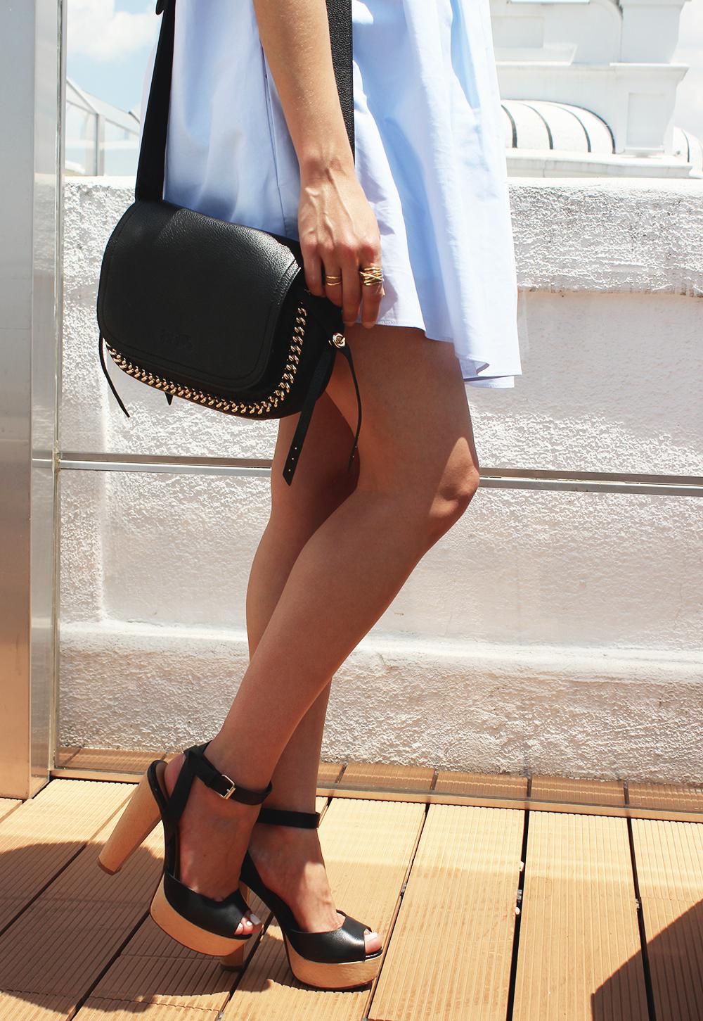 Light Blue Jumpsuit black sandals coach bag aristocrazy accesorries summer outfit12