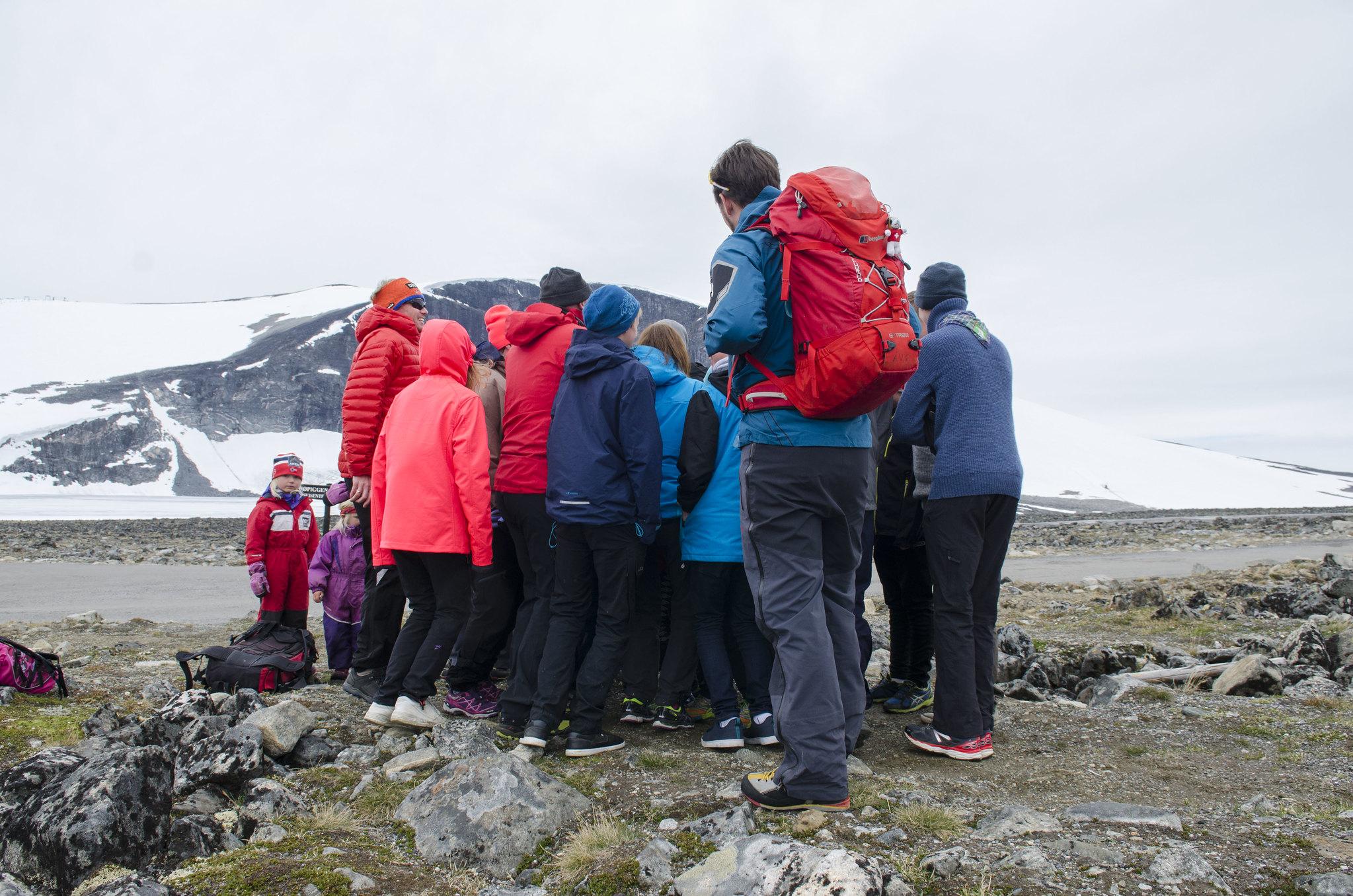Noregs eldste speidargruppe 1. Ålesund er på tur til Jotunheimen og lærer korleis permafrost oppfører seg