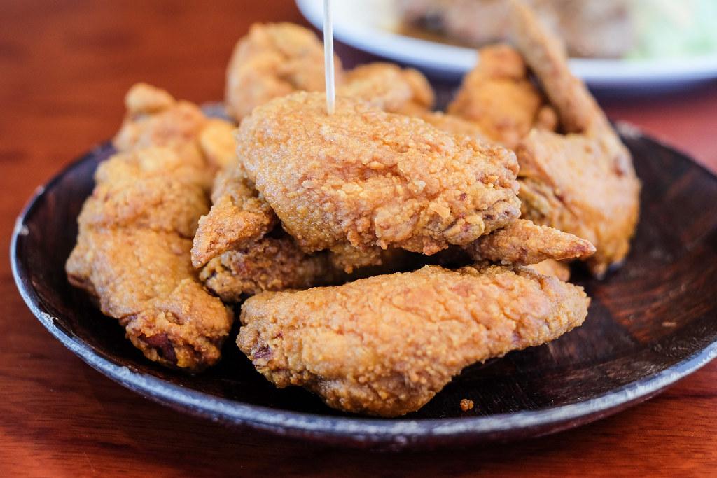 Culinary Hotspots: Hooters