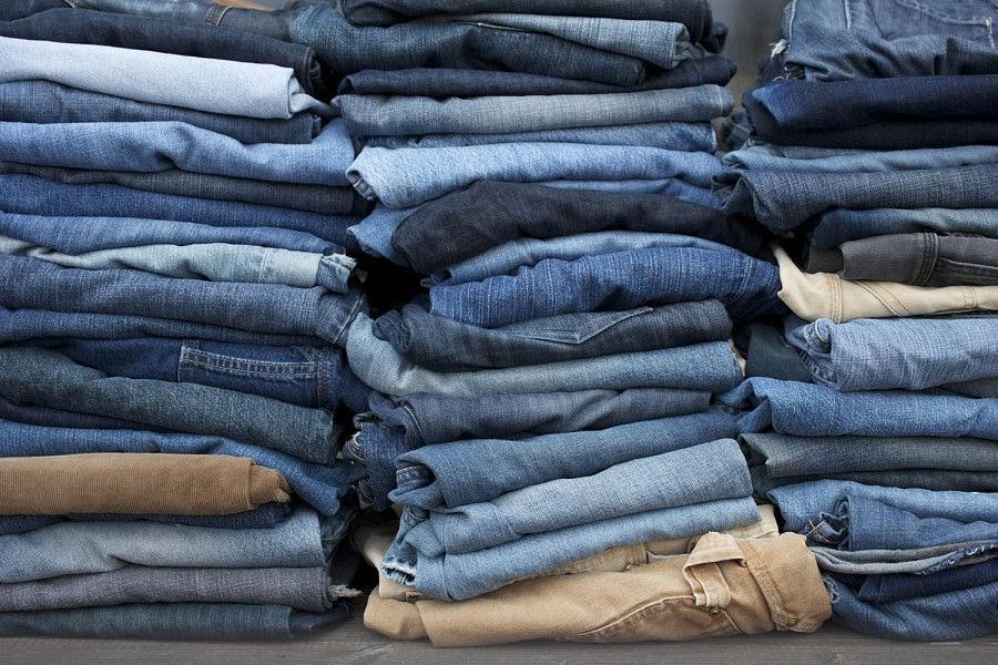 vecchi abiti jeans