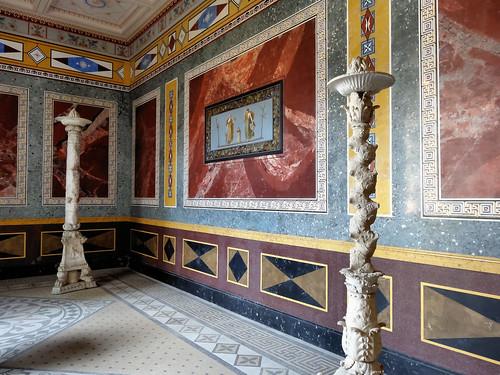 zimmer im ersten stock des pompejanums aschaffenburg ich flickr. Black Bedroom Furniture Sets. Home Design Ideas