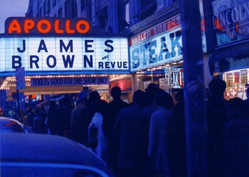 映画『ミスター・ダイナマイト:ファンクの帝王ジェームス・ブラウン』より