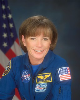 Astronaut Anna L. Fisher, NASA photo (4 April 2002) 9364987159_b4453ec5ef_n.jpg