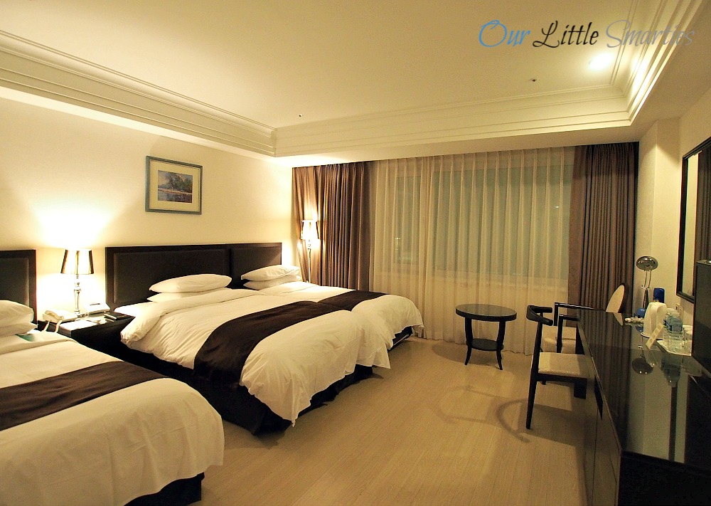 Jeju Oriental Hotel Room