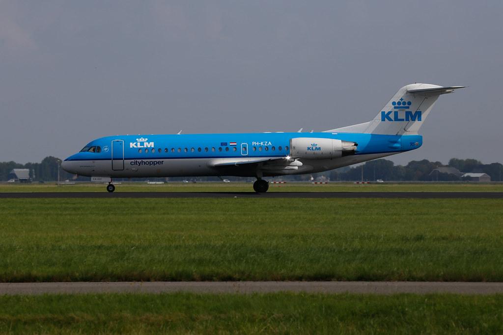 KLM Fokker 70 in Amsterdam