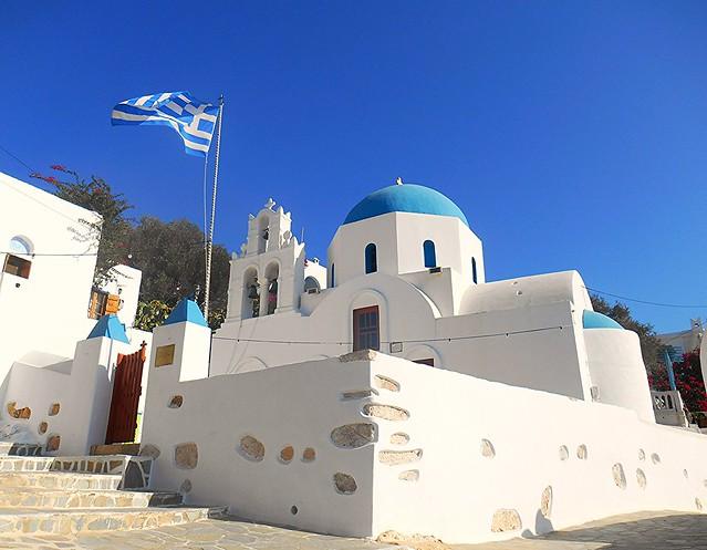 The Holy Cross church at the island of Donoussa, Greece / Η εκκλησία του Σταυρού στον ομώνυμο οικισμό της Δονούσας