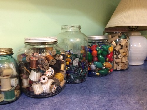 Spool jars
