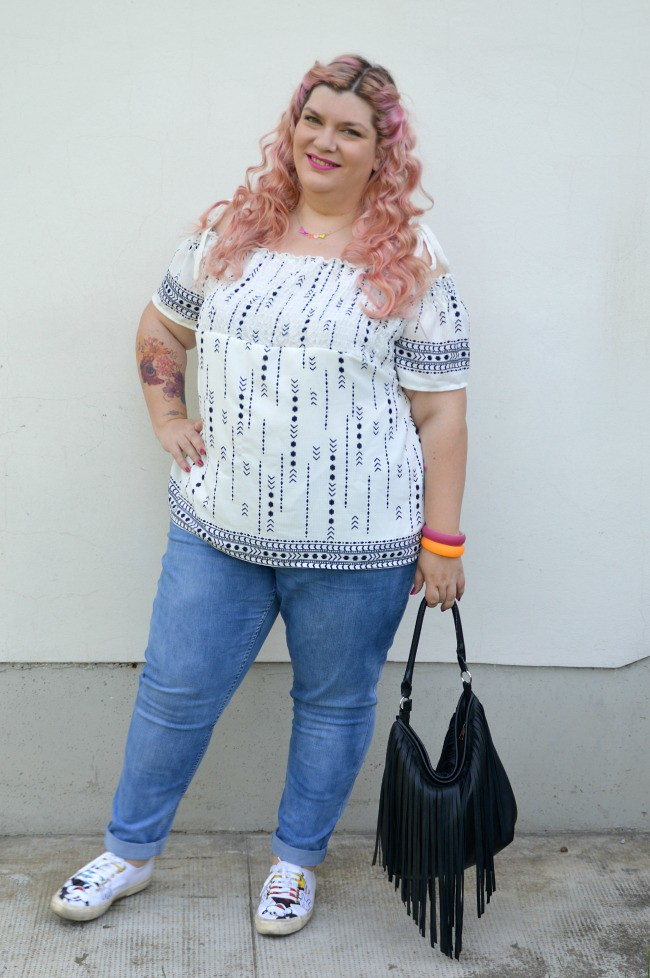 Outfit No comfort zone, bianco e jeans (3)