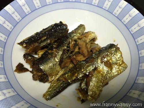 mega sardines 2