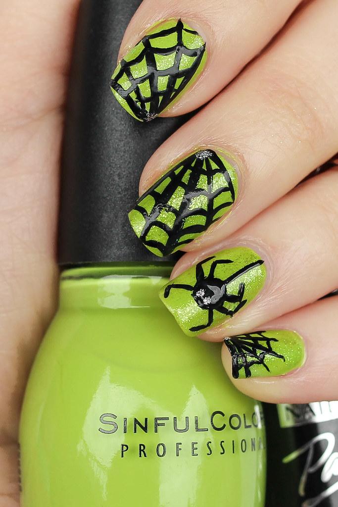 Spider Spiderweb Manicure Nail Art Halloween Mani
