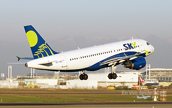 Sky Airline A319 CC-AIC takeoff (RD)
