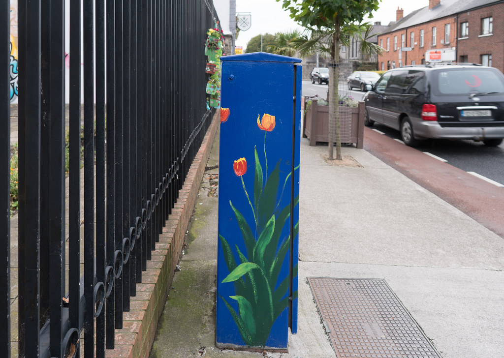 THIS INSTALLATION IS LOCATED NEXT TO THE BACK PAGE PUB IN PHIBSBORO [WAS THE RED WINDMILL PUB]-121622