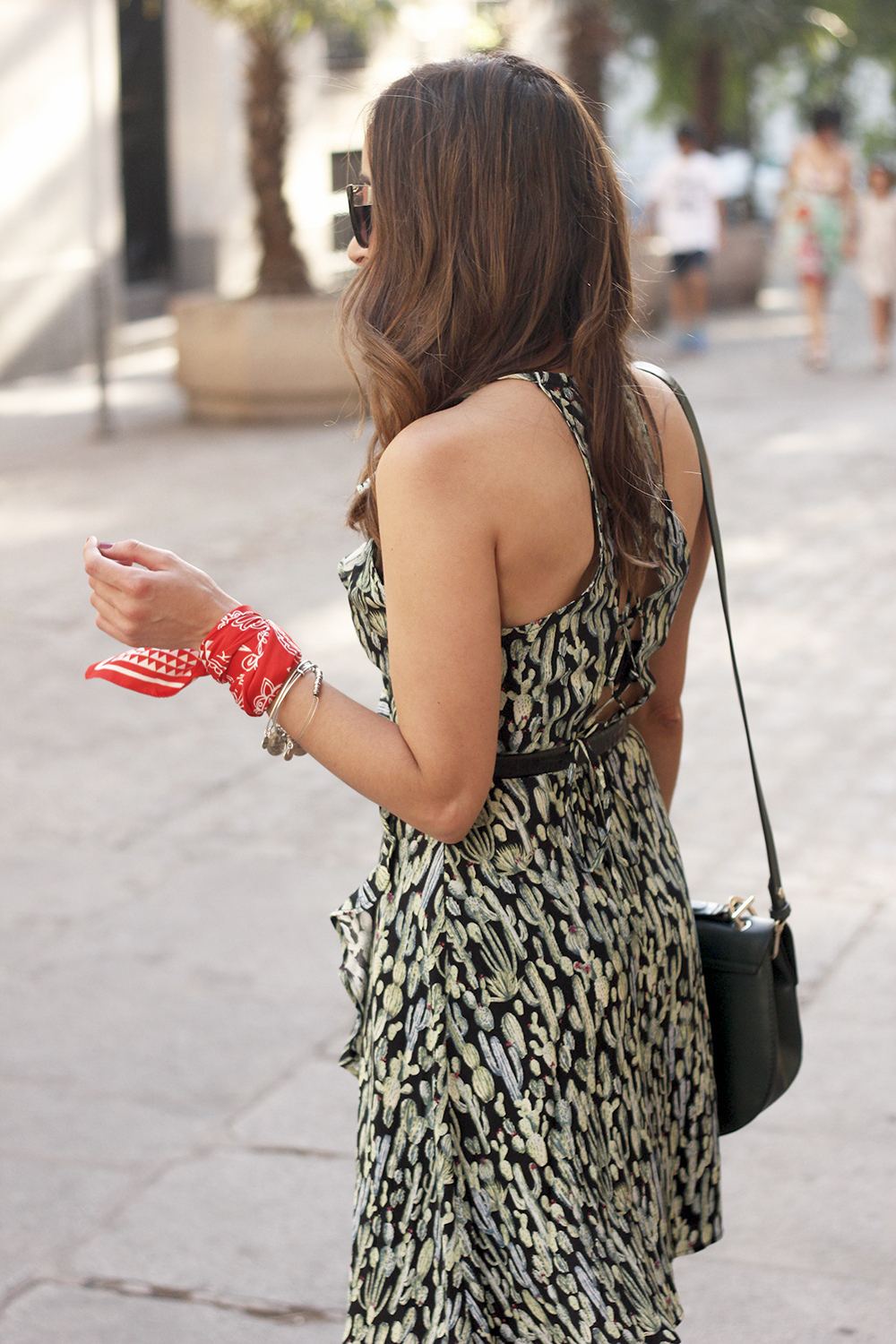 summer dress with cactus prints black sandals sunnies outfit style 04