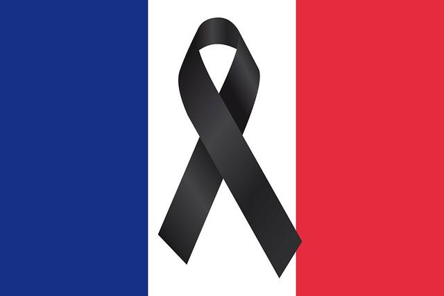 Solidarité avec la France après l'attentat terroriste à Nice