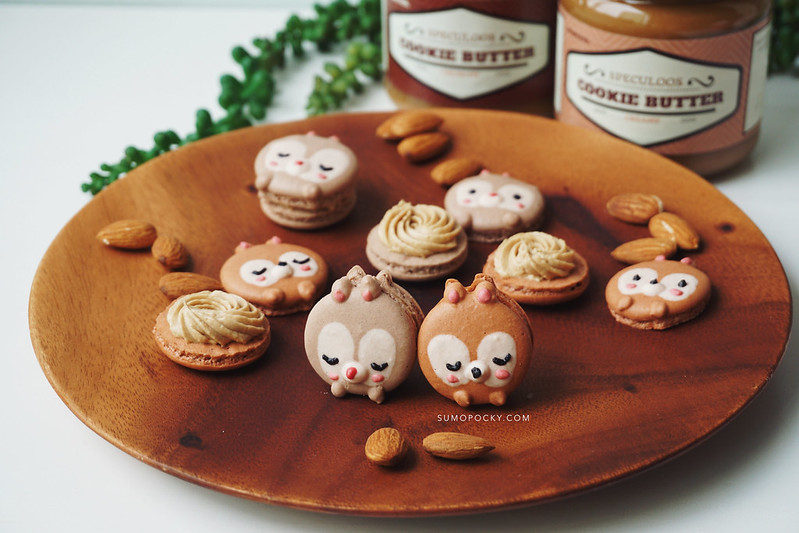 Chip and Dale Speculoos Macarons