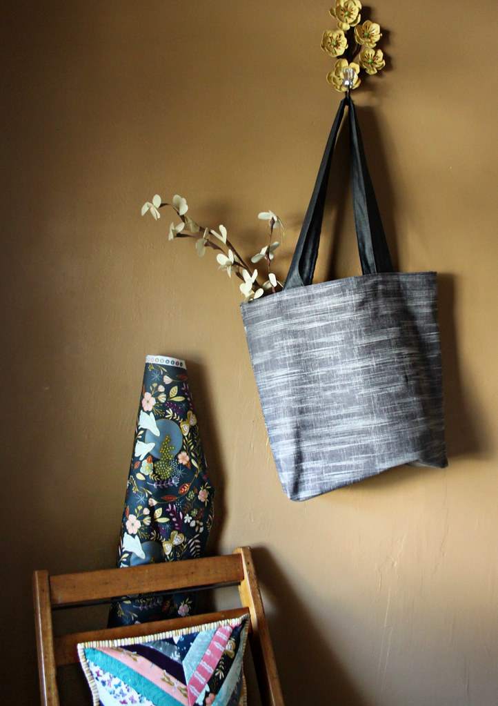 Clouded Horizon Easy Tote